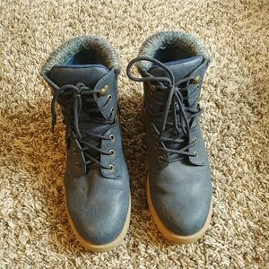 *4 for $15* Blue winter boots